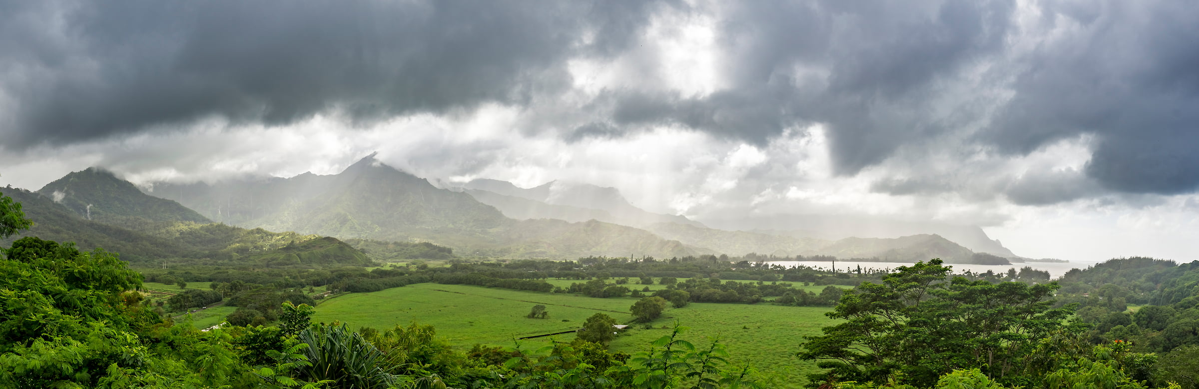91 megapixels! A very high resolution, large-format VAST photo print of Hanalei Bay in Kauai, Hawaii; tropical landscape photo created by Justin Katz