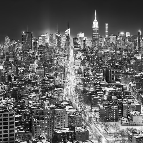 "Photo Release: ""Midnight in Manhattan"" by Dan Piech"
