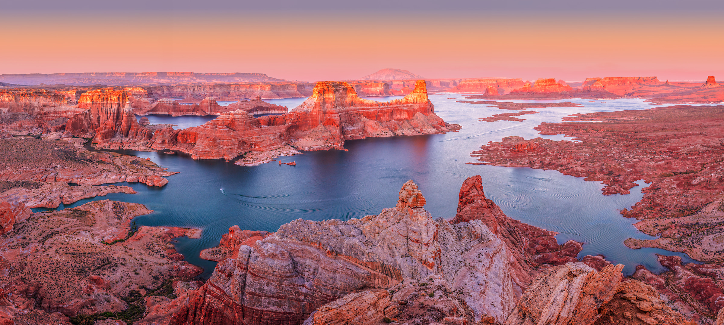 681 megapixels! A very high resolution, large-format VAST photo print of Lake Powell; fine art landscape photo created by Chris Collacott in Glen Canyon National Recreational Area, Utah