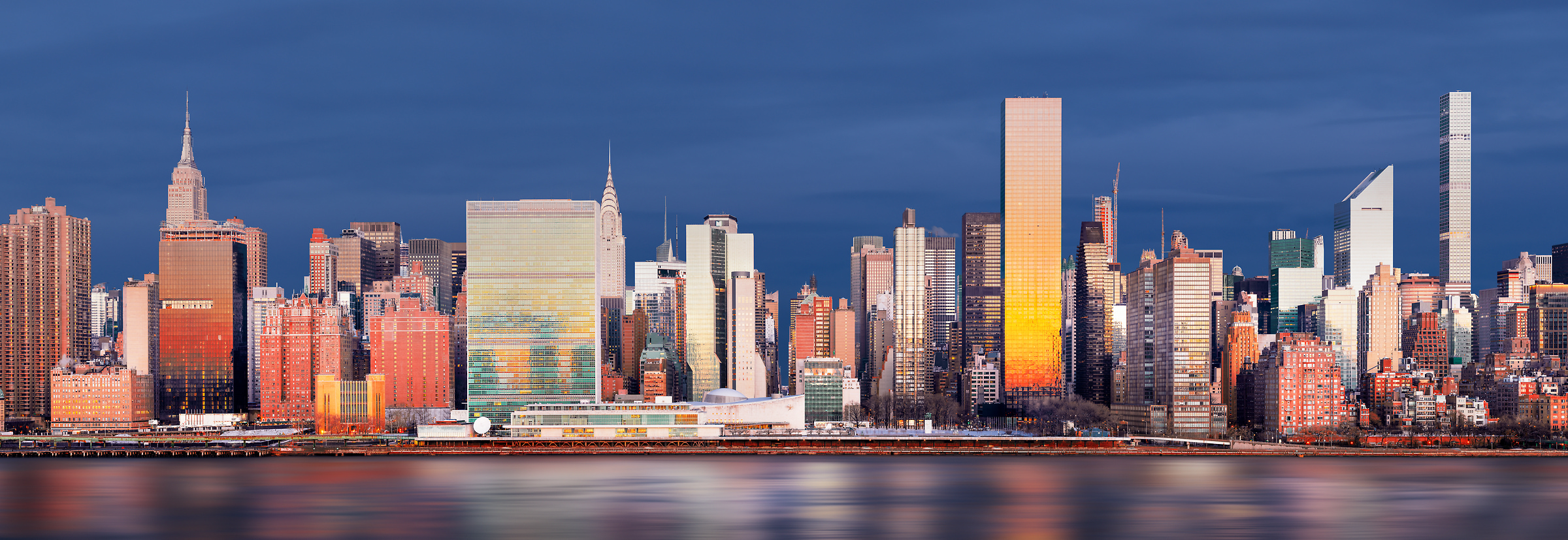 986 megapixels! A very high resolution, large-format VAST photo of the New York City skyline; gigapixel photograph created by Dan Piech in Manhattan