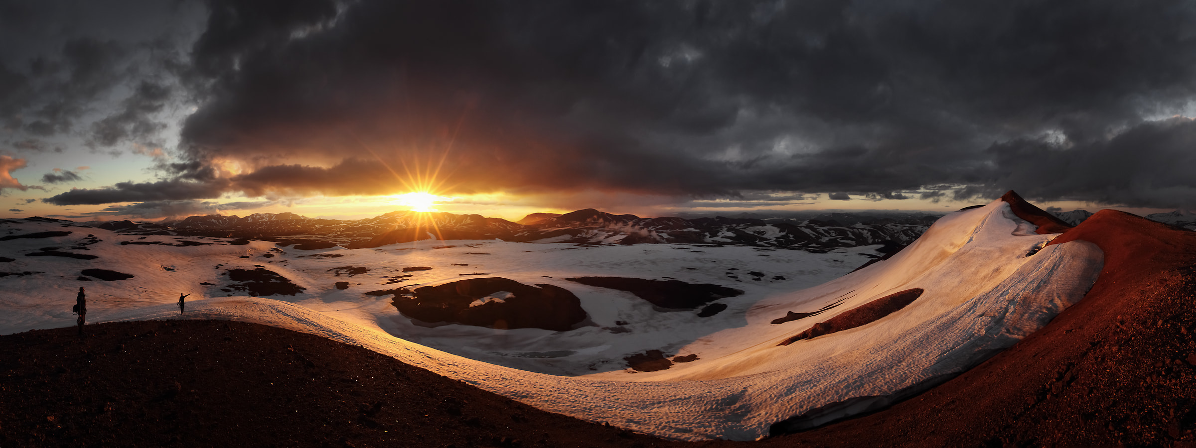 96 megapixels! A very high resolution, large-format VAST photo of sunset and a mountain landscape; panorama photograph created by Alexandre Deschaumes in Hrafntinnusker, Iceland